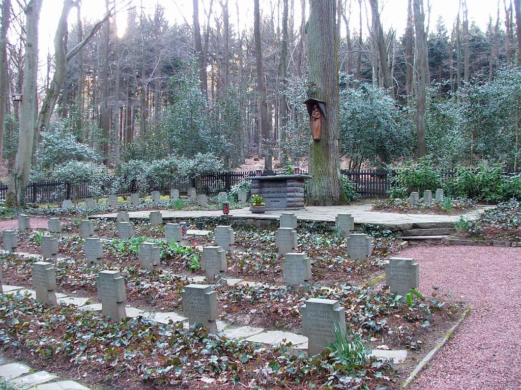 Der Soldatenfriedhof, welcher sich mit dem ersten RV-Punkt deckte.